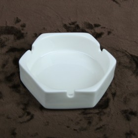 Luzerne Hexagon Ashtray 1P
